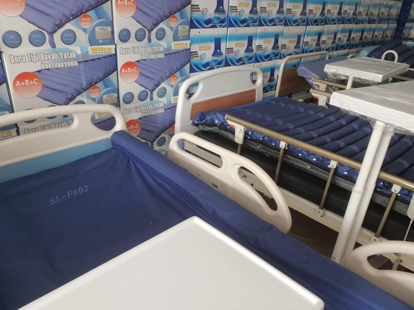 Yatan hasta için yatak modelleri