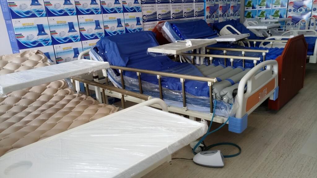 2 motorlu hasta yatakları